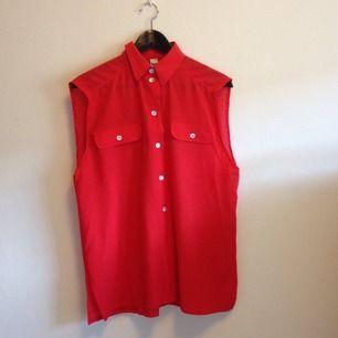 Härlig färg på härlig skjorta, köpt vintage.