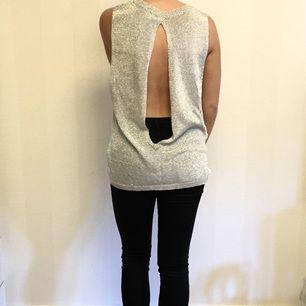 ✨ Metallic-linne med öppen rygg ✨ Passar S/M/L