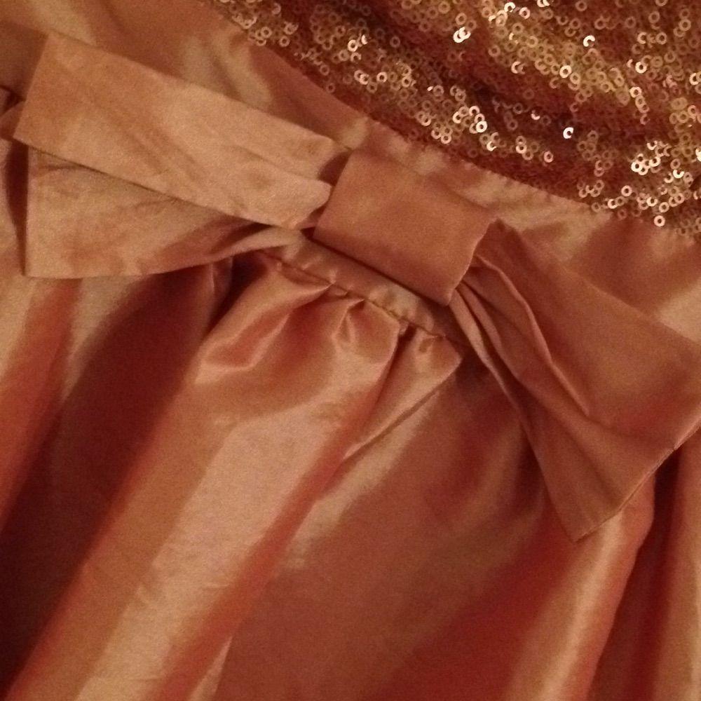 Fin rosa fest klänning dock lite - Klänningar - Second Hand edfae2f4d5e0f