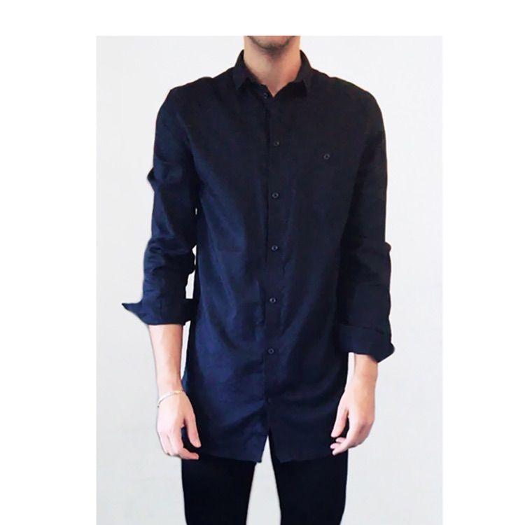 🌟Mörkblå skjorta i lång modell - Weekday Skjortor - Second Hand b9e1bd82ca2c1