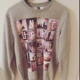 Säljer tröja från H&M, storlek medium