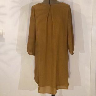 Skön klänning använd en gång