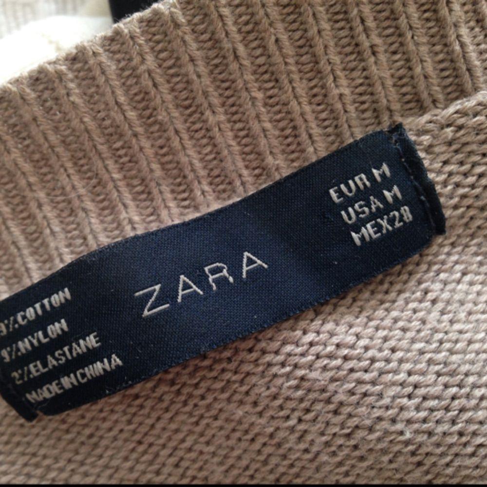 Skön och stilren kofta från ZARA. Sparsamt använd. . Tröjor & Koftor.