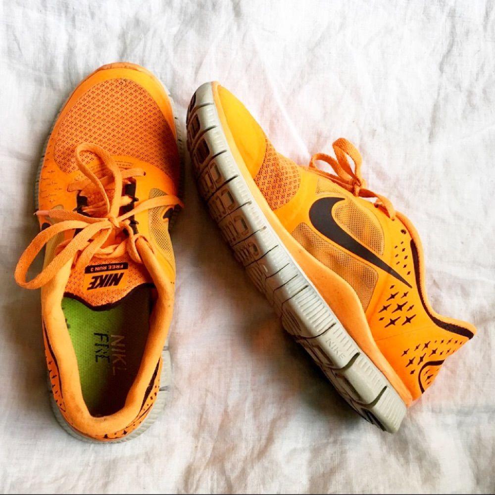 super popular 59a12 2533e Nike Free Run 3. Otroligt lätta och sköna sneakers i fin orange färg.