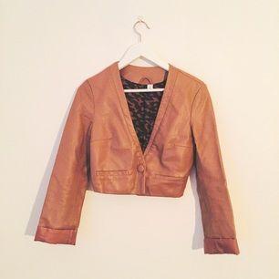 XS,34,H&M,leather jacket