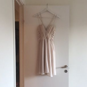 Off white summer dress #dress #white #summer