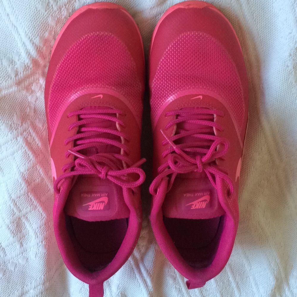 huge discount 166ab ab105 Använd ett fåtal ggr Nike air max thea! Strl 38 men mer som 37.
