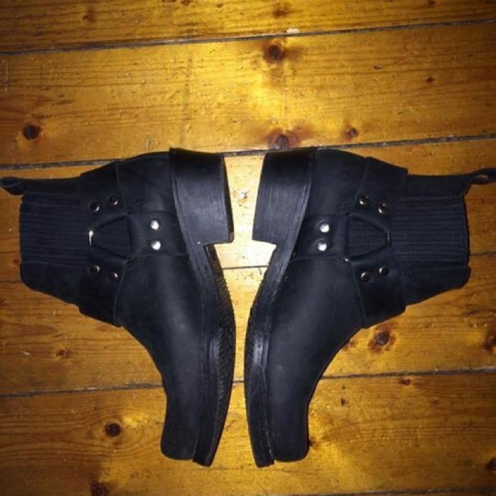f17a9571c11 ... Sælge mine aaaassnygga biker støvler fra dansk mærke MEINERT. Skoene er  håndlavede i Spanien,