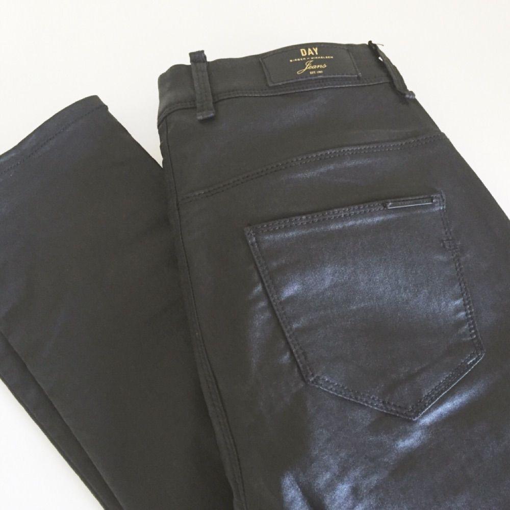 få sorte bukser sorte igen
