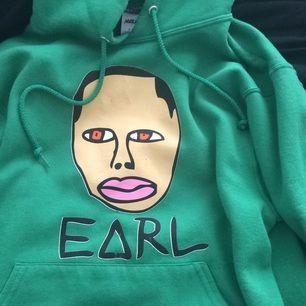 Grön earl sweatshirt hoodie i storlek S men dock stor. Knappt använd och i extremt skönt material!