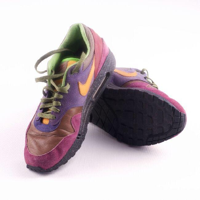 detailed look 95f42 5968e ... Retro Nike Air Max i mocka läder. Lila, brun sko med orangea och ...