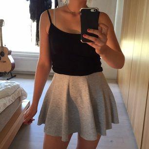 Cool kjol från Monki.