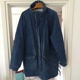 Large denim jacket/coat #fall #winter
