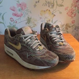 Nike Air Max limited edition year of the snake. Mycket bra skick!