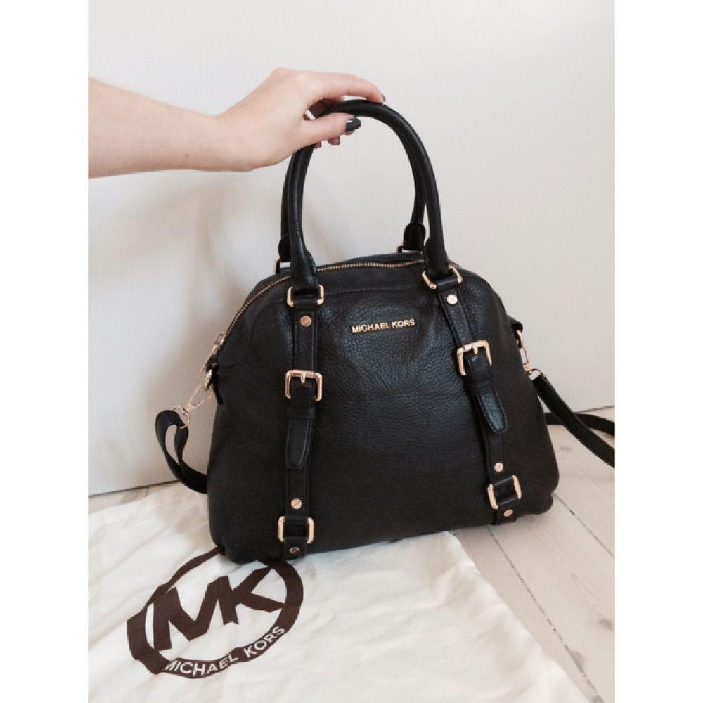 michael kors handväska svart