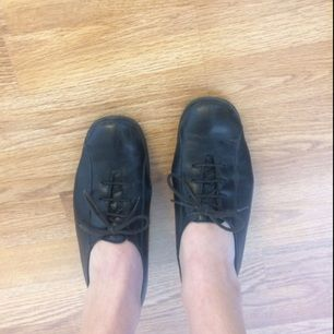 Skor i läder från finska designern Pertti Palmroth