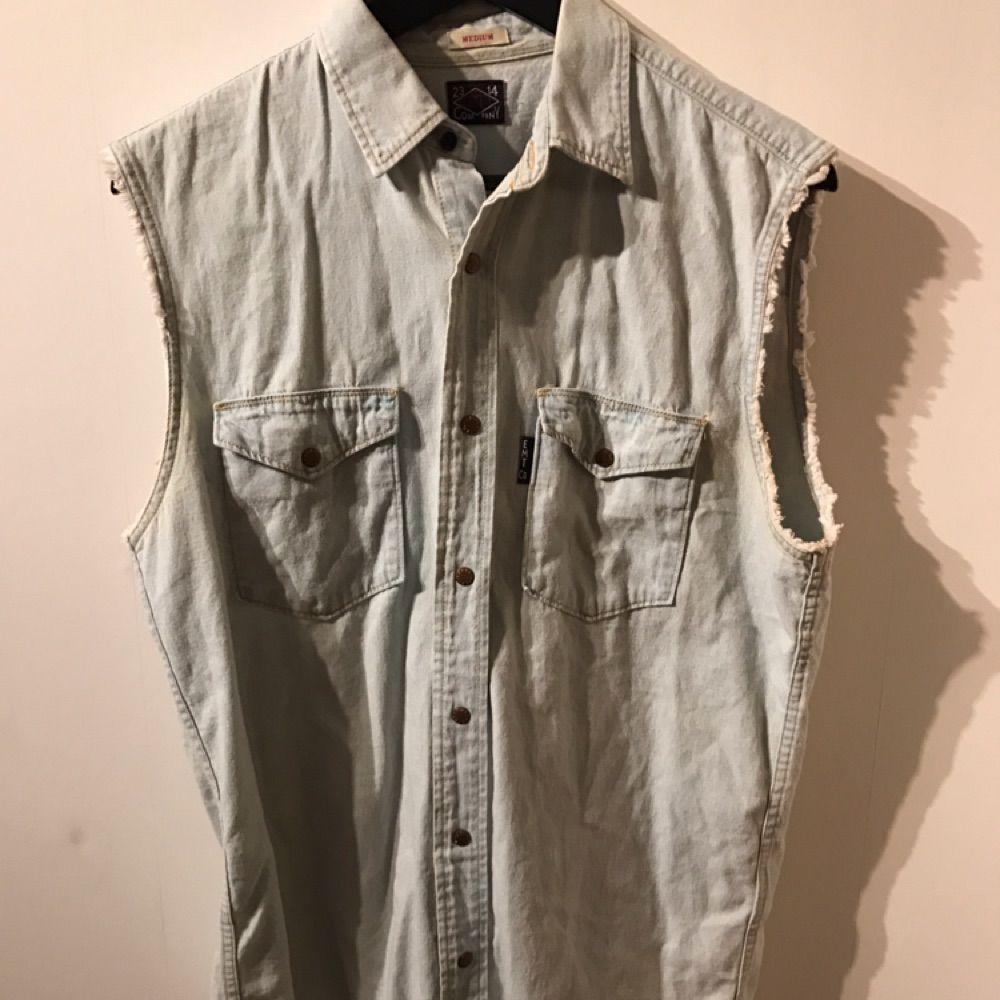 Säljer Jeansväst från Carlings 💎. Jeans & Byxor.