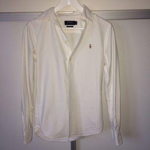 Ralph lauren costum fit skjorta i strl S, sparsamt använd