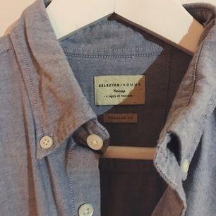 Sparsamt använd skjorta från Selected/Homme. Nypris: 500kr