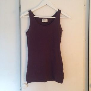 Lila linne från Gina tricot, stl S. 10 kr
