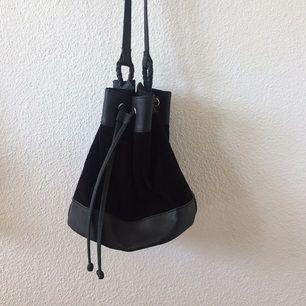 Väska från Monki 50kr  (Finns att hämta i Sthlm)