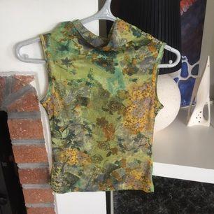 Finfin kortärmad typ turtleneck Bitte Kai rand tröja! Köparen står för frakt!