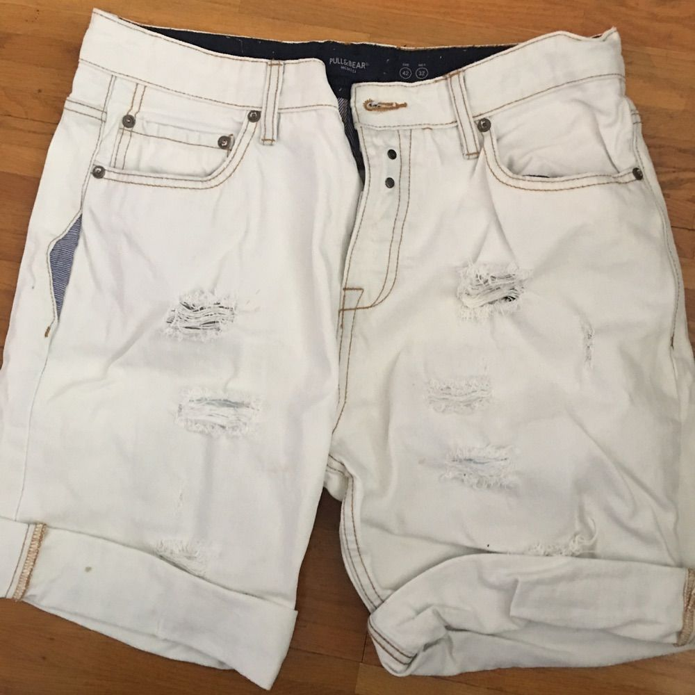 Short jeans trendy fashion for male. Jeans & Byxor.
