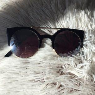 Coola solglasögon. Länge sedan de köptes men knappt använda.