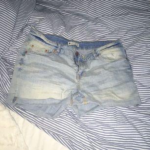 Shorts från Gina tricot