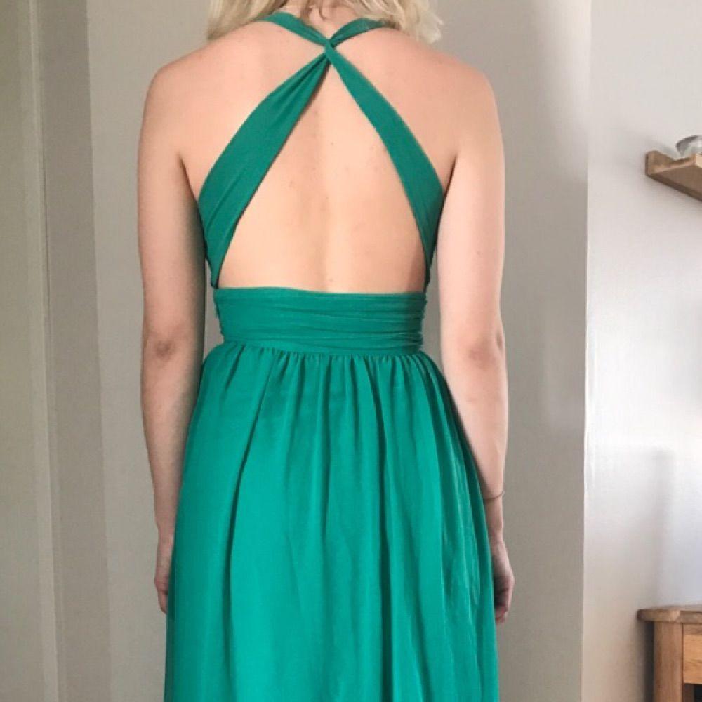 e38208da7294 ... Grön klänning från Nelly. Intresserad? Skriv till mig så kan jag skicka  en helbild