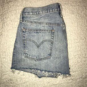 Helt oanvända Levis 501 shorts. Fel storlek