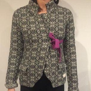 Odd molly lovely knit Size 2 sparsamt använd. Max 5 gånger Säljes pga garderobsrensning köparen står för frakt
