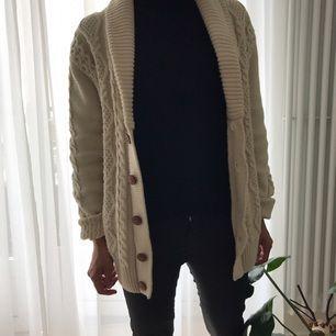 Vanilla colored
