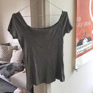 Singoallatop från H&M trend! I fint skick :) köparen står för frakten.