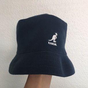 Kangol bucket hat! (Finns att hämta i Sthlm)