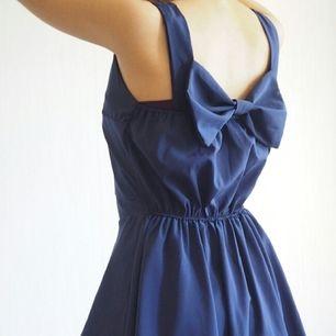 nice dress in navyblue (size : S)
