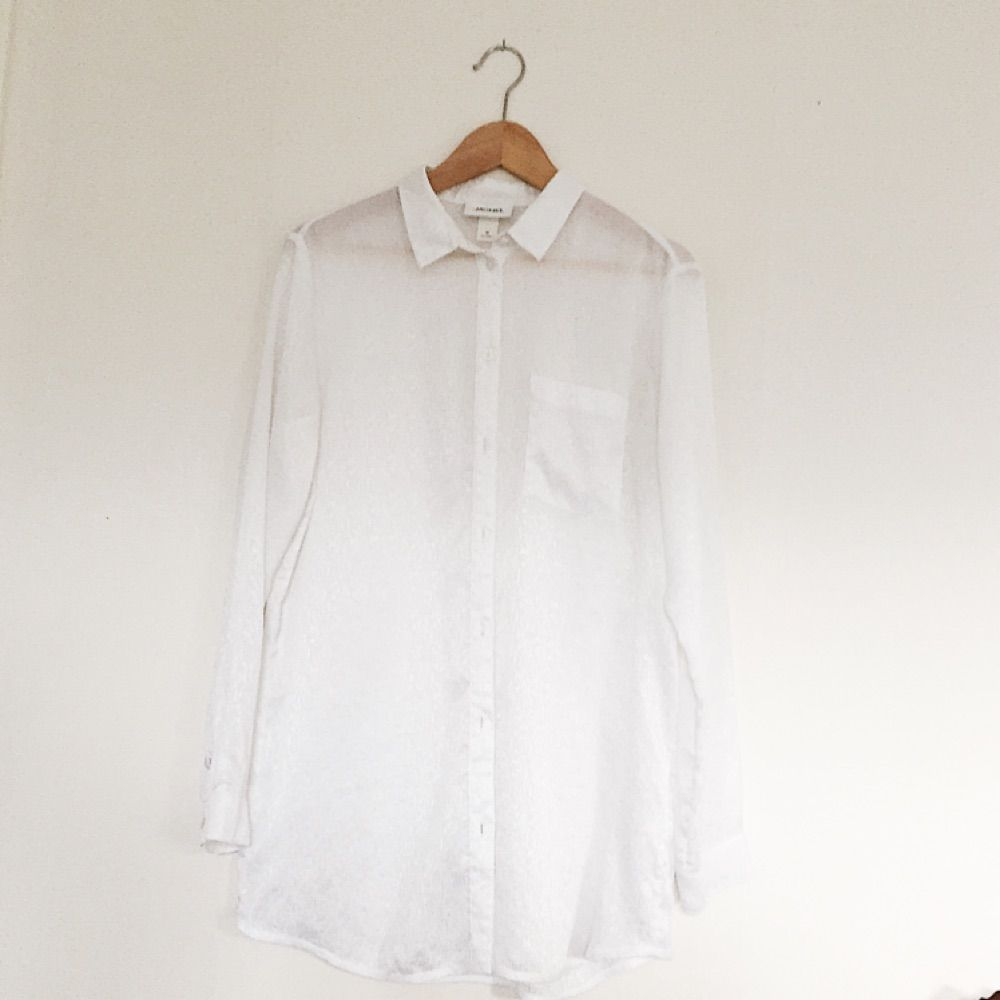 Fin transparent skjorta från Monki i tunt material!. Skjortor.