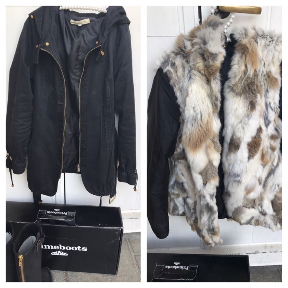 Golddetails Verkaufe meine schöne Jacke per Pearl de Vous in schwarzer  Farbe mit echtem Kaninchenfell. Golddetails e478e3e6ca