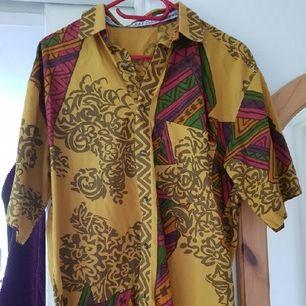 oversize skjorta/klänning köpt på asos marketplace, frakt tillkommer