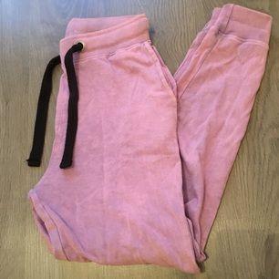 Oanvända byxor från Missguided