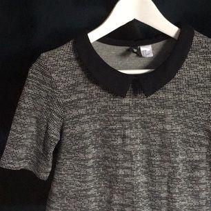 Söt klänning från H&M! Använd några fåtal gånger 💕