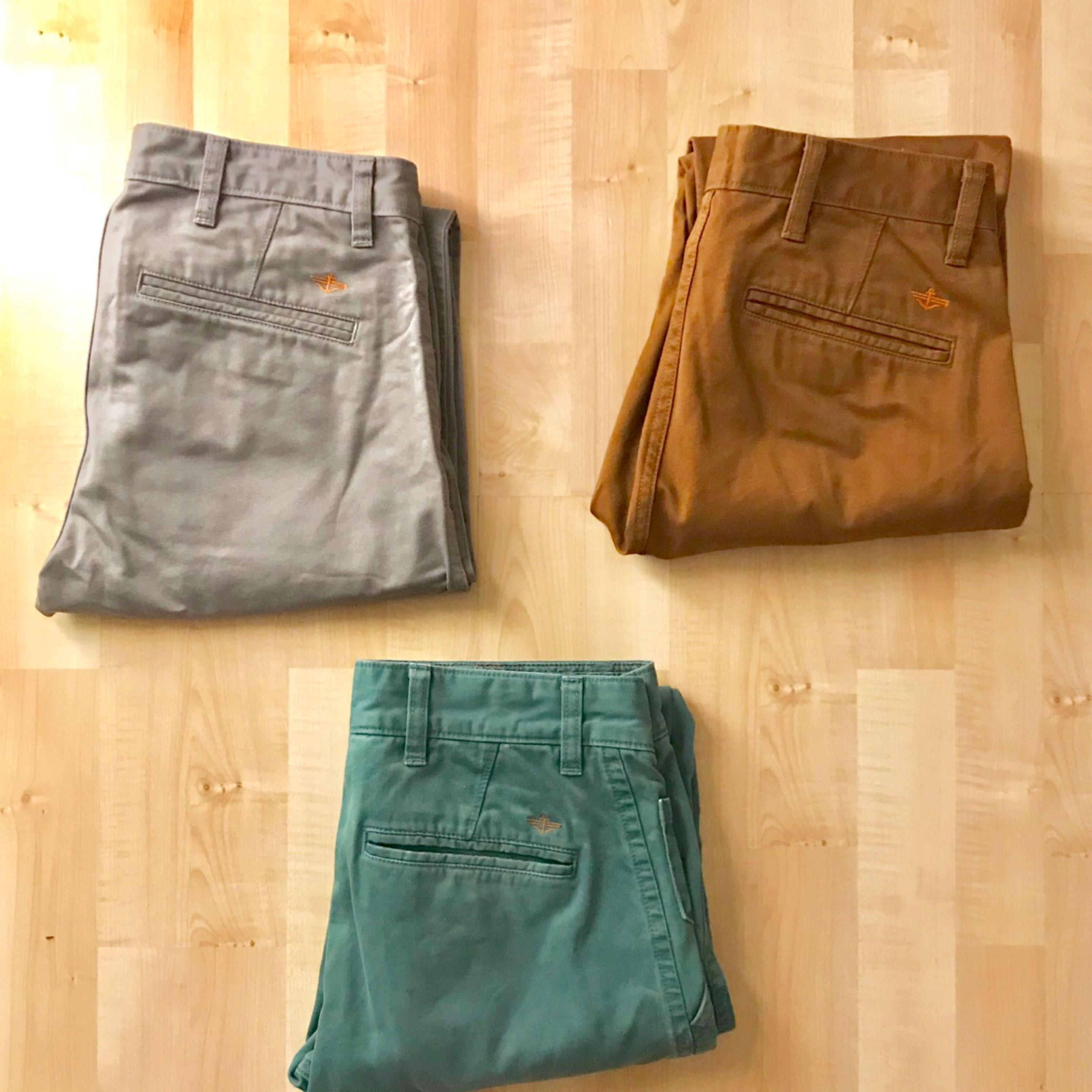 Quality Dockers chino pants for sale!  Three different colours ;  Light Olive Green, Pigment Dye Brown and Burma Grey  In new condition. Waist 29 x 32in Original price : 999 kr a piece  Selling for 250kr a piece   . Jeans & Byxor.