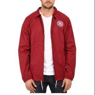 En lätt coach jacket från Adidas i storlek M. Använd en gång.