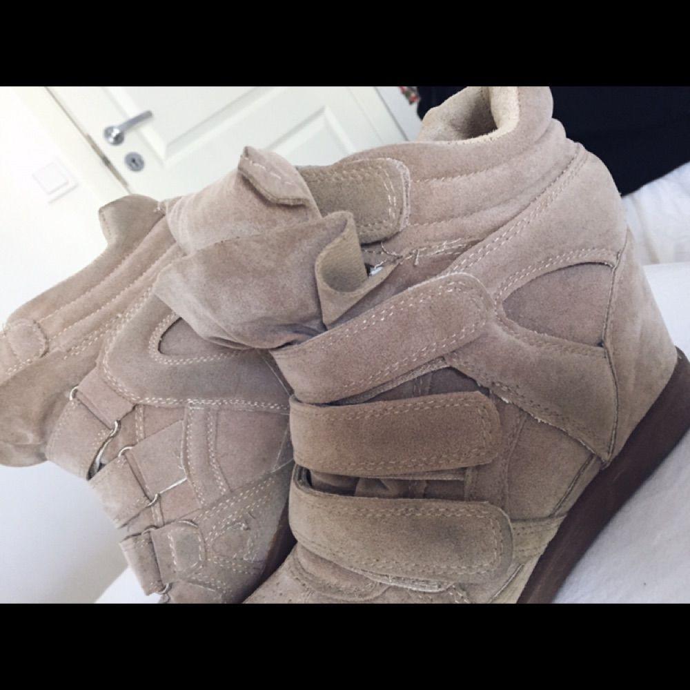 fc1083fe Sælger mine isabel marant Etoile suede sko i beige farve superfina, der er  AAA kopier ...