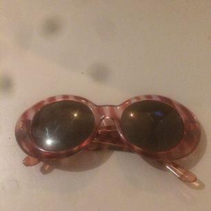 Skitsnygga vintage solglasögon. Köpta på en marknad i Los Angeles