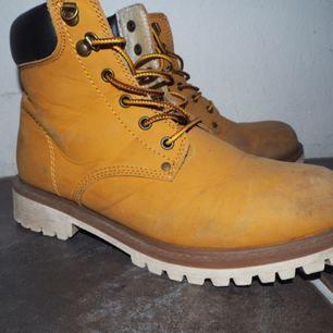 Timberland kopia! (race marin) sko! Bra skick, köpta på secondhand 🌸