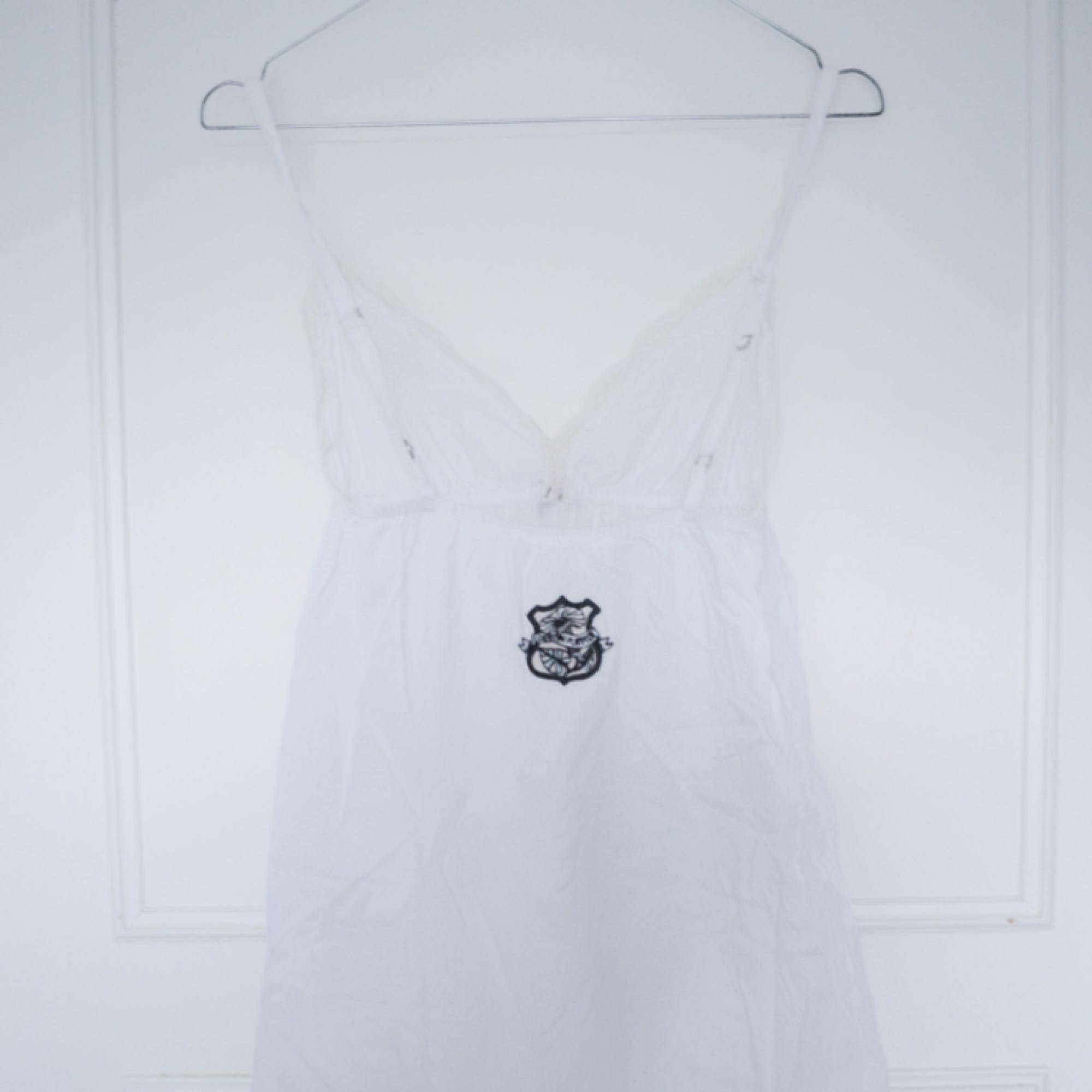 Odd molly klänning i storlek 0/xs. Kan skickas eller mötas upp i Stockholm. . Klänningar.