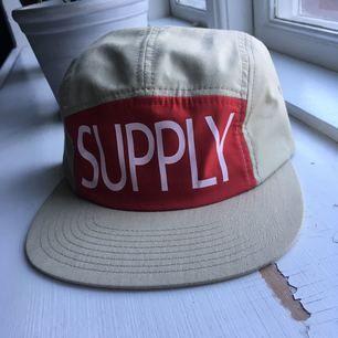 Diamond supply keps. Oanvänd
