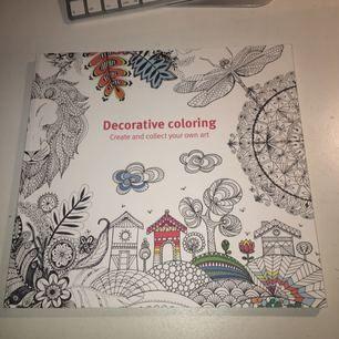 Köptes från akademibokhandeln. Har endast ritat på en sida, resten är oanvända. Kan skicka fler bilder vid behov!