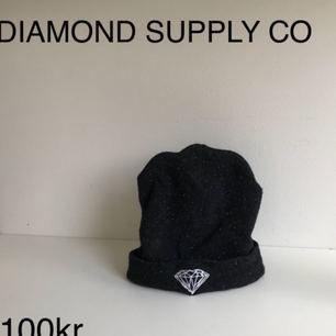 Diamond supply co mössa
